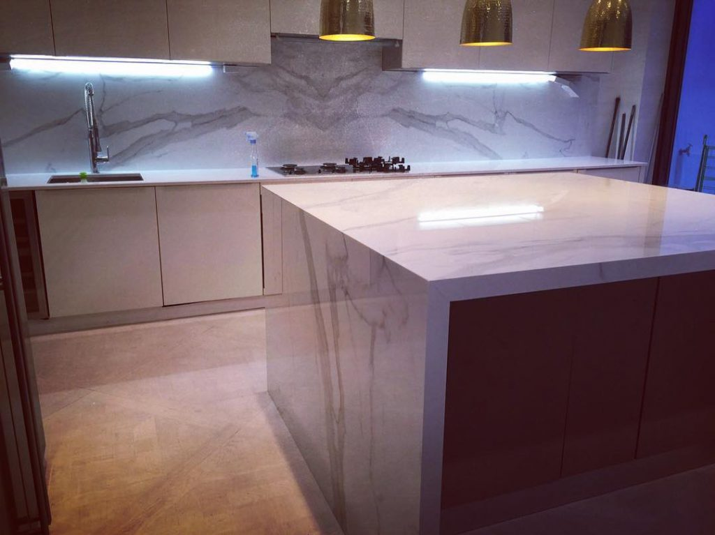 Full Cladded Kitchen Island